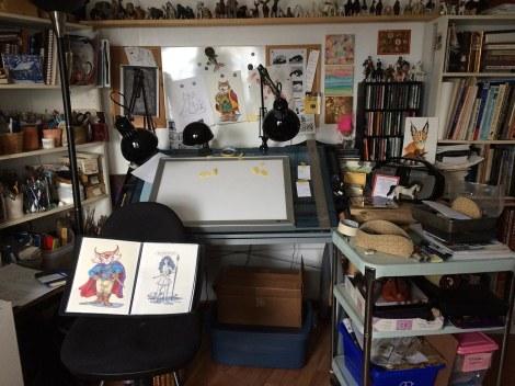 7 studio tilt desk
